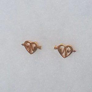 Gold heart beat earrings